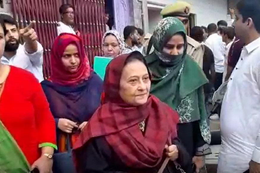 azam khan wife tazeen fatima