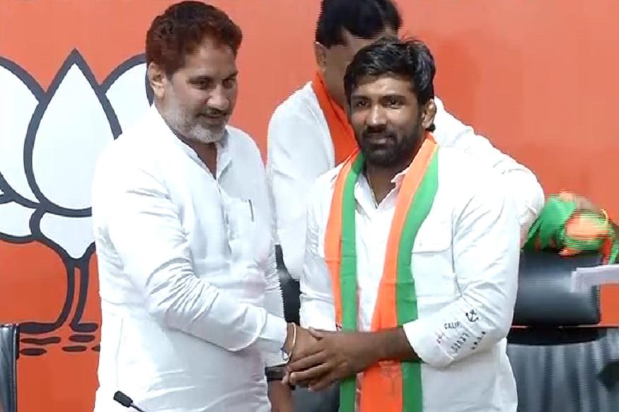 योगेश्वर दत्त ने थामा भाजपा का दामन, बोले- पीएम मोदी से प्रभावित होकर राजनीति में आय़ा हूं-wrestler yogeshwar dutt joins bjp hrrm