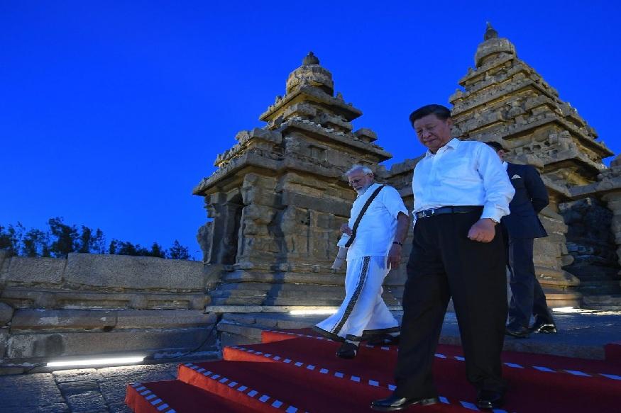 बता दें कि चीन के राष्ट्रपति शी जिनपिंग और प्रधानमंत्री नरेंद्र मोदी के बीच शुक्रवार को करीब 5 घंटे तक आपसी बातचीत हुई. शी चिनपिंग शुक्रवार को चेन्नई में हवाई अड्डे पर पहुंचे जहां उनका भव्य स्वागत किया गया.