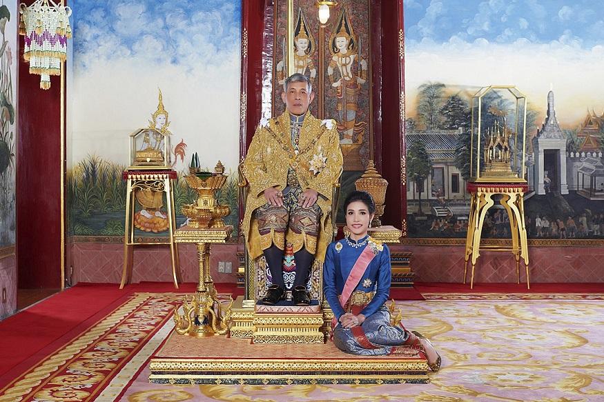 थाइलैंड, महा वाचिरालोंगकोंन,सिनीनात वोंग वचिरापाक,सुतिदा,thailand, Maha Vajiralongkorn, Sineenat Wongvajirapakdi, Suthida