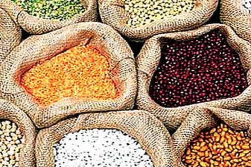 स्थायी समिति ने दिल्ली में दालों, टमाटर और प्याज की कीमतों में कमी को लेकर कई फैसले लिए.