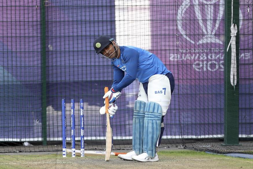 cricket, cricket news, sports news, mahendra singh dhoni, ms dhoni, ranchi test, india vs south africa, indian cricket team, third test, क्रिकेट, क्रिकेट न्यूज, स्पोर्ट्स न्यूज, एमएस धोनी, महेंद्र सिंह धोनी, भारतीय क्रिकेट टीम, रांची टेस्ट, इंडिया वस साउथ अफ्रीका, तीसरा टेस्ट