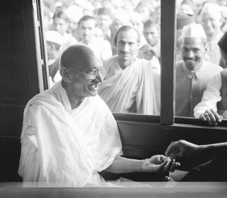 mahatma gandhi life, mahatma gandhi thoughts, mahatma gandhi nobel prize, mahatma gandhi movements, gandhi jayanti special, महात्मा गांधी जीवनी, महात्मा गांधी विचार, महात्मा गांधी नोबेल पुरस्कार, महात्मा गांधी आंदोलन, गांधी जयंती विशेष