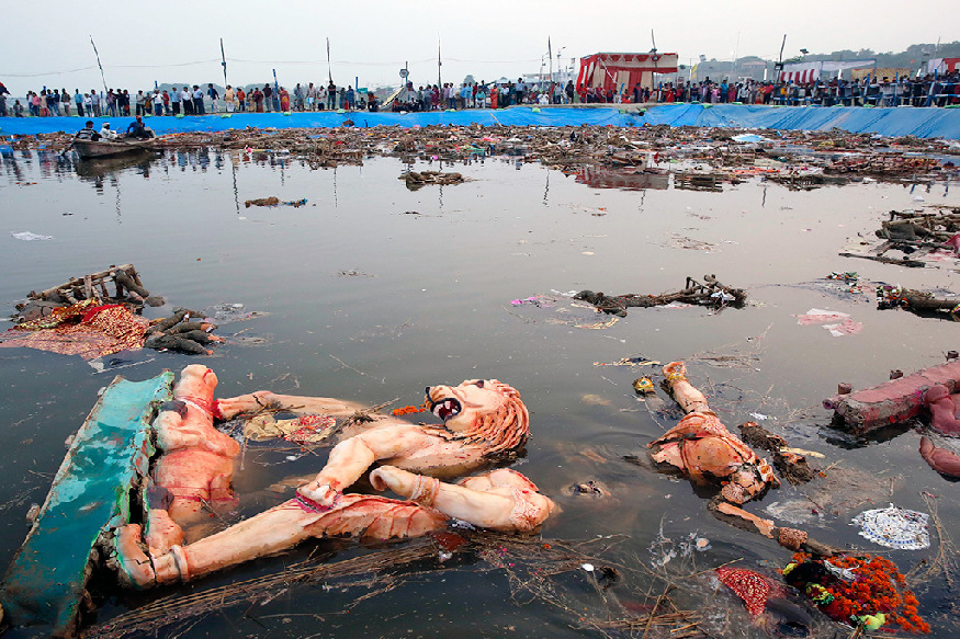durga idol immersion in ganga yamuna guidelines 50 thousand fine for polluting river nmcg ngt says states