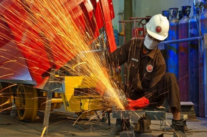 अर्थव्यवस्था को लगा बड़ा झटका: IIP ग्रोथ हुई निगेटिव, 6 साल में सबसे कम