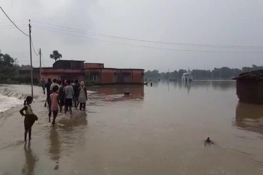 Bihar, village of Nawada, verge of drowning,administration, starts rescue, बिहार, डूबने की कगार, नवादा का गांव, प्रशासन, रेस्क्यू शुरू