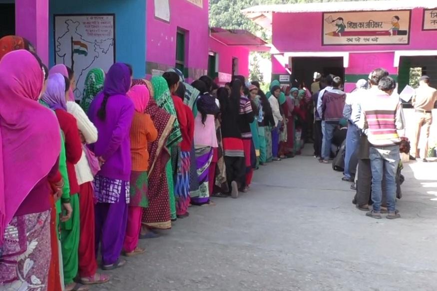 panchayat voting nainital, उत्तराखंड में त्रिस्तरीय पंचायत चुनावों के लिए तीन चरणों का मतदान ख़त्म हो गया है.
