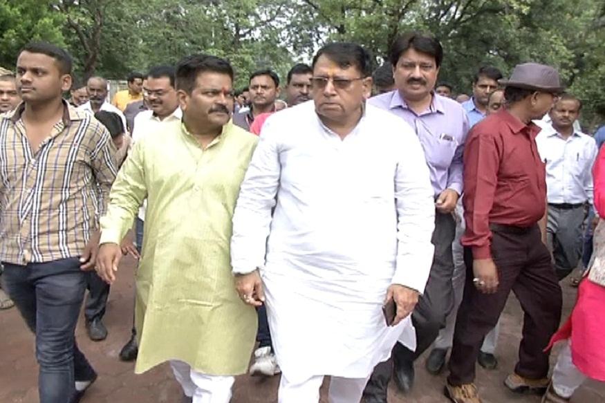 News - मंत्री पीसी शर्मा ने कहा कि अब प्रदेश में इलेक्ट्रॉनिक गाड़ियों को चलाया जाएगा.