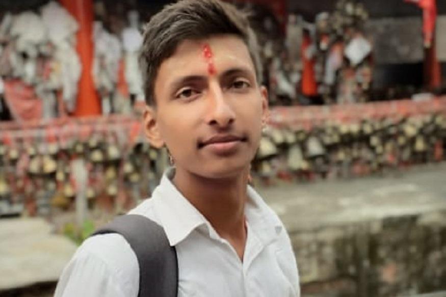 young pradhan, अल्मोड़ा जिले के लमगड़ा ब्लॉक की ग्राम सभा दौघौड़िया में भी 22 साल के जगमोहन शर्मा प्रधान बने हैं.