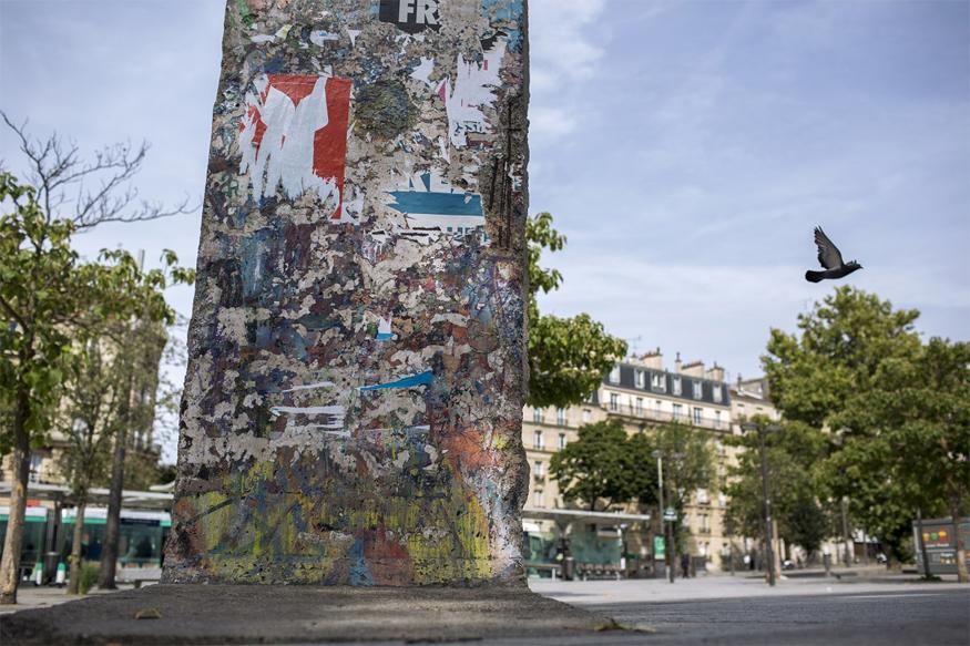 बर्लिन की ढही दीवार का एक हिस्सा