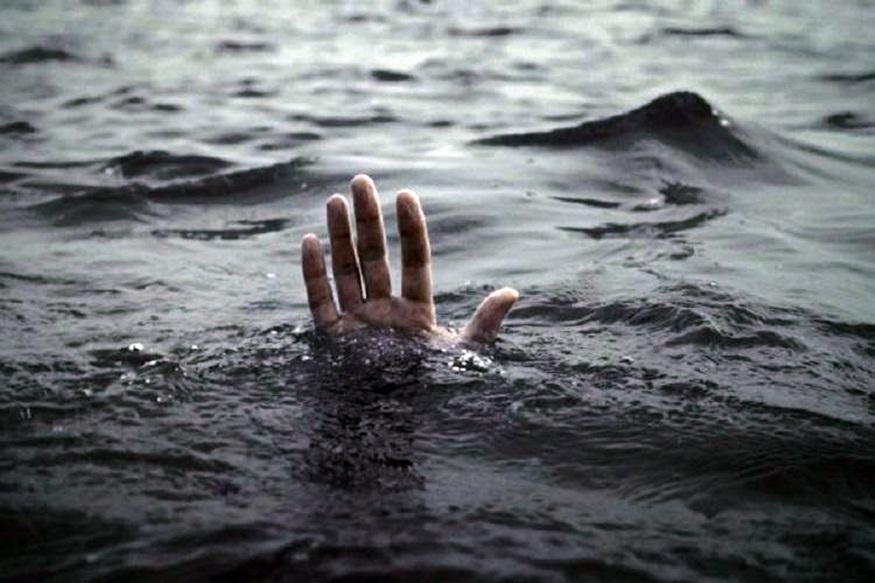 छत्तीसगढ़ (Chhattisgarh) के महासमुंद (Mahasamund) जिले में शनिवार दोपहर एक बड़ा हादसा हो गया