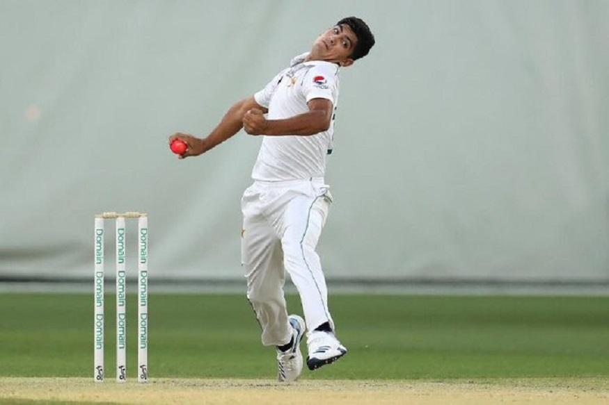 ऑस्ट्रेलिया के खिलाफ पाकिस्तान (Australia vs Pakistan) की टीम गुरुवार को ब्रिस्बेन में पहला टेस्ट खेलेगी, जिसमें नसीम शाह (Naseem Shah) डेब्यू कर सकते हैं.