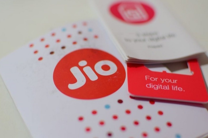 JioPhone recharge plan 125 rupees plan offers 14GB data unlimited free  calls to jio 500min for others