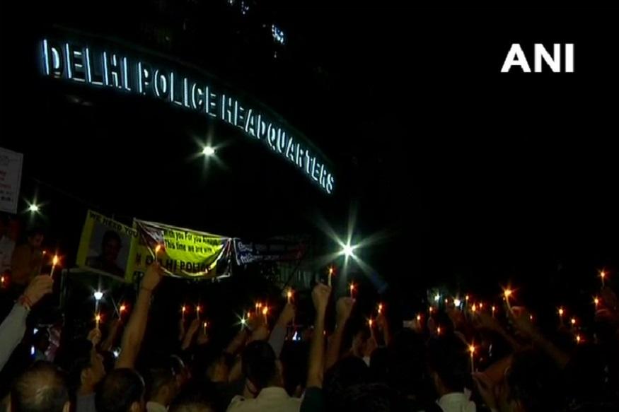 मंगलवार दिनभर पुलिसवालों के प्रदर्शन को मीडिया ने प्रमुखता से उठाया
