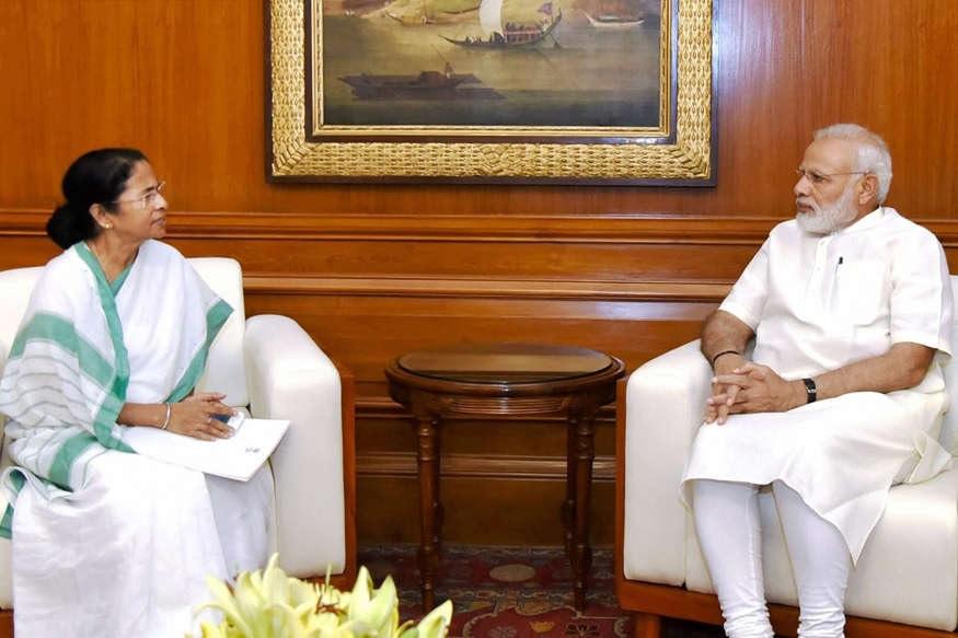 'बुलबुल' से सहमा बंगाल, तेज हवाओं के साथ बारिश, PM मोदी ने ममता से की बात