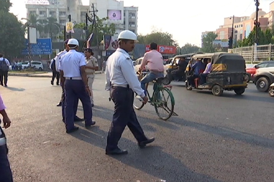 News - निलंबित पुलिस कर्मियों पर अवैध वसूली कर ट्रकों को नो इंट्री एरिया में प्रवेश देने का आरोप है, Patna traffic police, Patna Police
