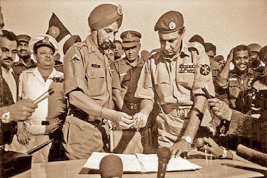 vijay diwas after 13 days of india pak 1971 war 93 thousands pakistani armymen surrender before indian army