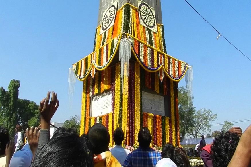 Bhima Koregaon Anniversary, भीमा कोरेगांव की बरसी, bhima koregaon, 1 january 2020, bhima koregaon images, भीमा कोरेगांव, koregaon bhima, कोरेगांव भीमा का युद्ध, bhima koregaon history, bhima koregaon news, महाराष्ट्र, दलित, ईस्ट इंडिया कंपनी, maharashtra, dalit, east india company, Battle of Koregaon