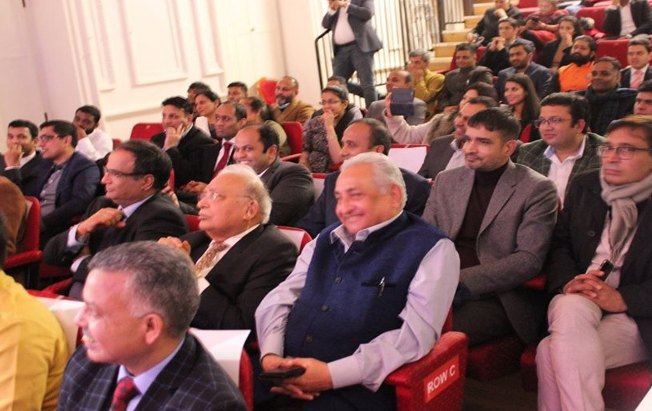 सम्मेलन में लंदन स्थिति भारतीय उच्चायोग के डिप्टी हाई कमिश्नर चरणजीत सिंह, ओवरसीज फ्रेंड्स ऑफ बीजेपी युनाइटेड किंगडम के अध्यक्ष कुलदीप सिंह शेखावत, नेहरू सेंटर के निदेशक अमिश त्रिपाठी, उप निदेशक बीए गोहरे, अक्षयपात्र के निदेशक भवानी सिंह, लंदन मेटल एक्सचेंज के वीएन सिंघानिया, अजमत हुसैन और श्रुति सिंह सहित कई गणमान्य नागरिक उपस्थित थे.