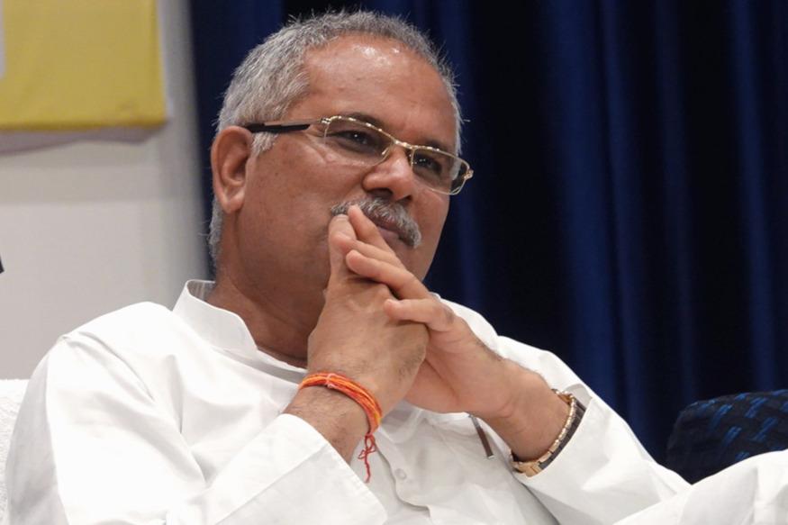 छत्तीसगढ़ (Chhattisgarh) के सीएम भूपेश बघेल (CM Bhupesh Baghel) की महत्वाकांक्षी योजनाओं में से एक नरवा, गरुवा, घुरूवा, बारी के लिए बिलासपुर के आरक्षित जमीन पर भू-माफियाओं ने कब्जा कर लिया है