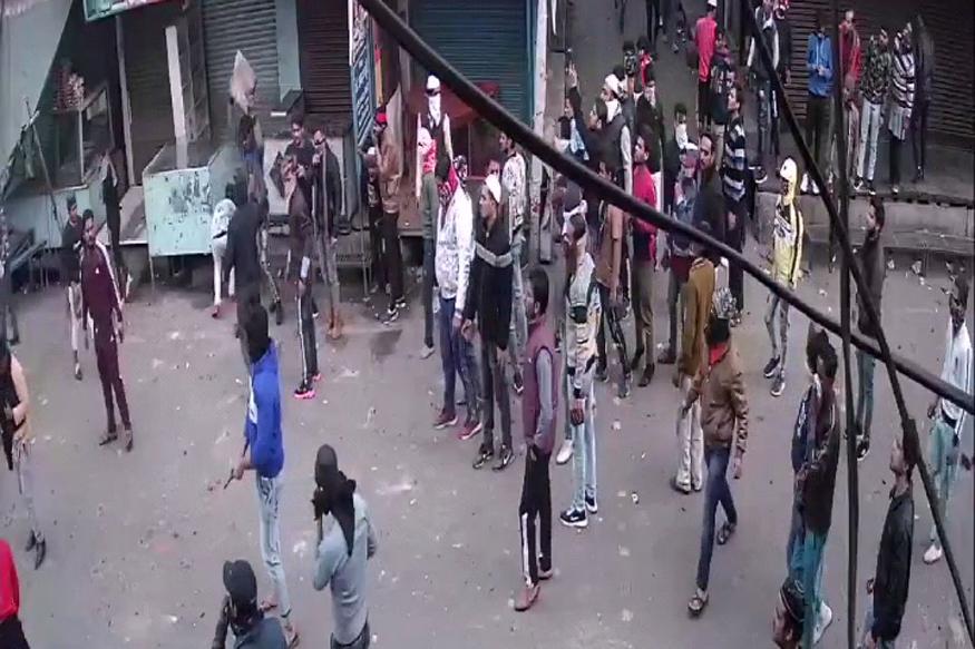 Meerut violence firing viral video