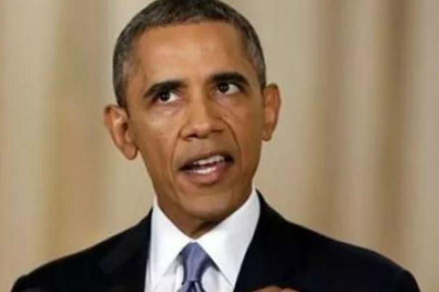 बराक ओबामा पहले अश्वेत राष्ट्रपति बने. साल 2008 में वे डेमोक्रेटिक पार्टी से पहले अश्वेत प्रेसिडेंट चुने गए. यहां तक कि ओबामा ने अपने 2 कार्यकालों के दौरान कई अहम फैसले लिए. कई देशों जिन्हें अमेरिका का घोर विरोधी माना जाता रहा, जैसे ईरान, क्यूबा, ऐसे देशों से भी रिश्ते सुधारे. ओबामा ने इस दौरान भारतीय प्रधानमंत्रियों क्रमशः मनमोहन सिंह और नरेंद्र मोदी के साथ ग्लोबल स्तर के कई सम्मेलनों में भाग लिया और अहम फैसले लिए.