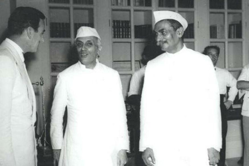 लॉर्ड माउंटबेटन और पंडित जवाहर लाल नेहरू के साथ डॉ. राजेंद्र प्रसाद (तस्वीर-विकीपीडिया)