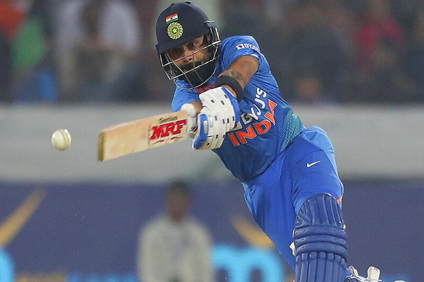 हैदराबाद में खेले गए पहले टी20 मैच में भारत ने वेस्टइंडीज को 6 विकेट से हरा दिया. भारत की जीत के हीरो रहे विराट कोहली, जिन्होंने 50 गेंदों में नाबाद 94 रनों की पारी खेली. विराट कोहली के अलावा केएल राहुल ने भी 62 रन बनाए और दोनों के बीच शतकीय साझेदारी हुई. विराट की दमदार पारी की वजह से भारत ने 3 मैचों की टी20 सीरीज में 1-0 की बढ़त हासिल की. आइए आपको बताते हैं विराट कोहली की इस स्पेशल पारी की 5 हैरतअंगेज बातें.