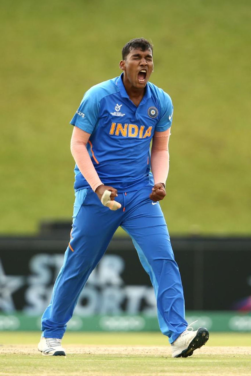 icc under 19 world cup 2020, india under 19 cricket team india u19 team, ravi bishnoi bowling, atharva ankolekar wickets, yashasvi jaiswal runs, अंडर 19 वर्ल्ड कप स्कोर, इंडिया अंडर 19 टीम रिजल्ट, इंडिया न्यूजीलैंड अंडर 19 वर्ल्ड कप, रवि बिश्नोई विकेट, अथर्व अंकोलेकर विकेट, यशस्वी जायसवाल रन