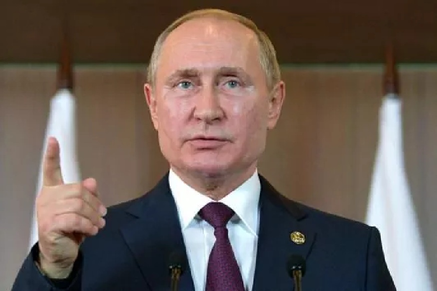 moscow orders all over 65 years age to stay in home but rule do not apply on 67 yaers old valdimir putin