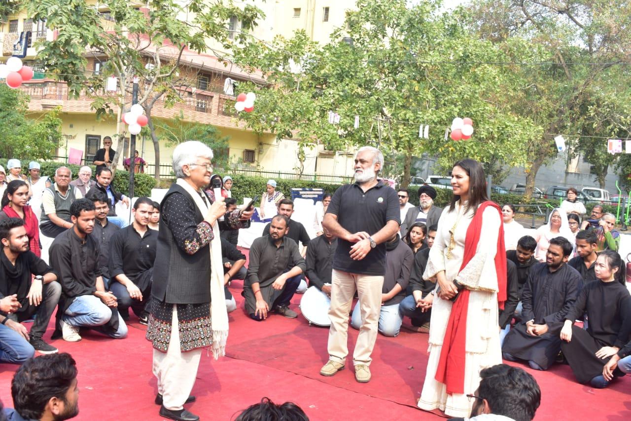 mahwari mahabhoj, माहवारी महाभोज, Bhuj Mandir, women, protest, deputy CM, manish sisodia,aap. delhi government, social media, भुज मंदिर, महिला, विरोध, डिप्टी सीएम, मनीष सिसोदिया, दिल्ली सरकार, सोशल मीडिया, women pride, Swami Krushna swarup, स्वामी कृष्ण स्वरूप