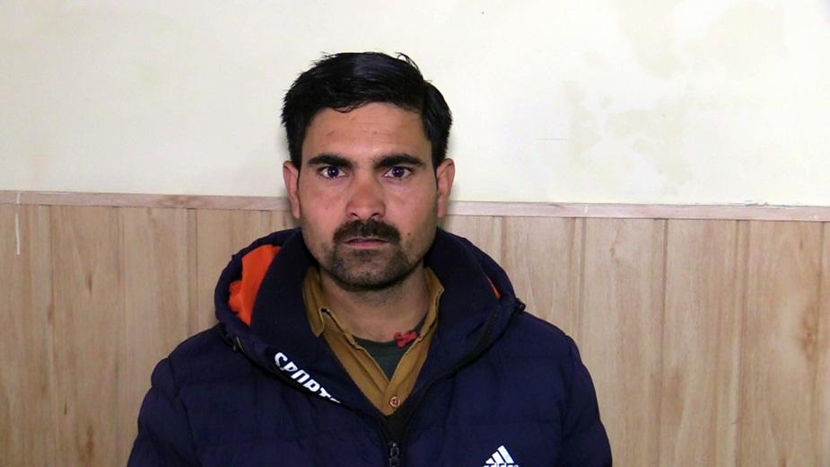 रमेश चंद ने पुलिस को मामले की शिकायत दी है.
