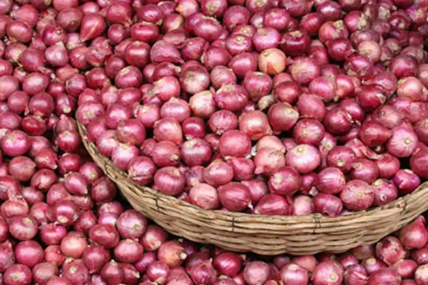 farmers news hindi, Mandi Rate, retail price, Tomato, Onion, Potato, Ration, vegetables, apmc act, Agricultural produce market committee act, Essential Commodities Act, mandi, kisan, farmer, modi government, मंडी भाव, मंडी रेट, टमाटर, प्याज, आलू, खुदरा मूल्य, कृषि उत्पादन बाजार समिति एक्ट, Inflation, महंगाई, covid-19, कोविड-19, किसान, मोदी सरकार, police, पुलिस, किसान समाचार