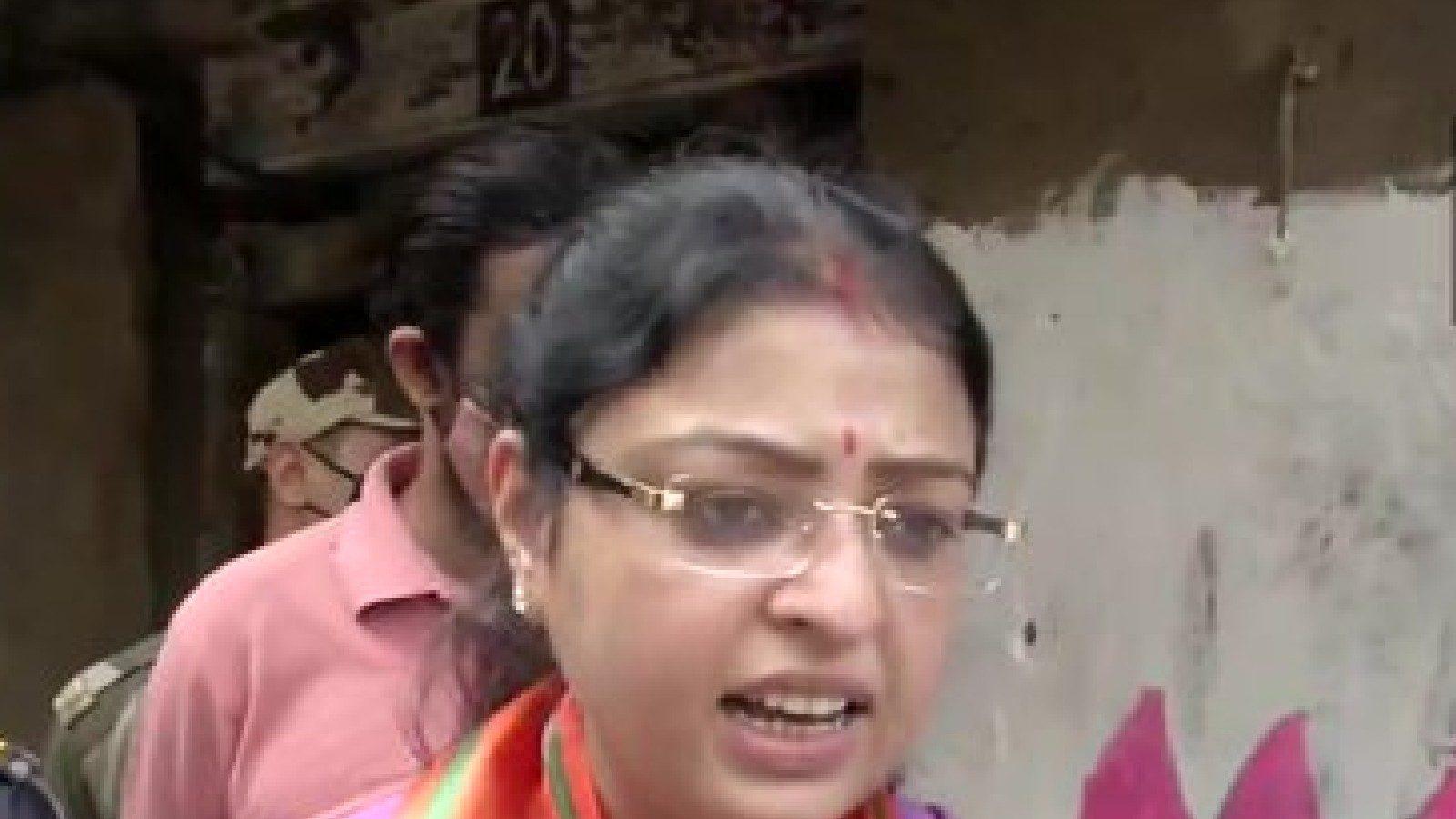 भवानीपुर उपचुनाव: भाजपा उम्मीदवार प्रियंका टिबरेवाल ने नामांकन दाखिल किया