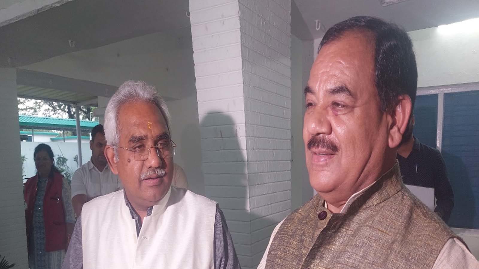 हरक सिंह के कांग्रेस में जाने की चर्चा के बीच BJP अलर्ट