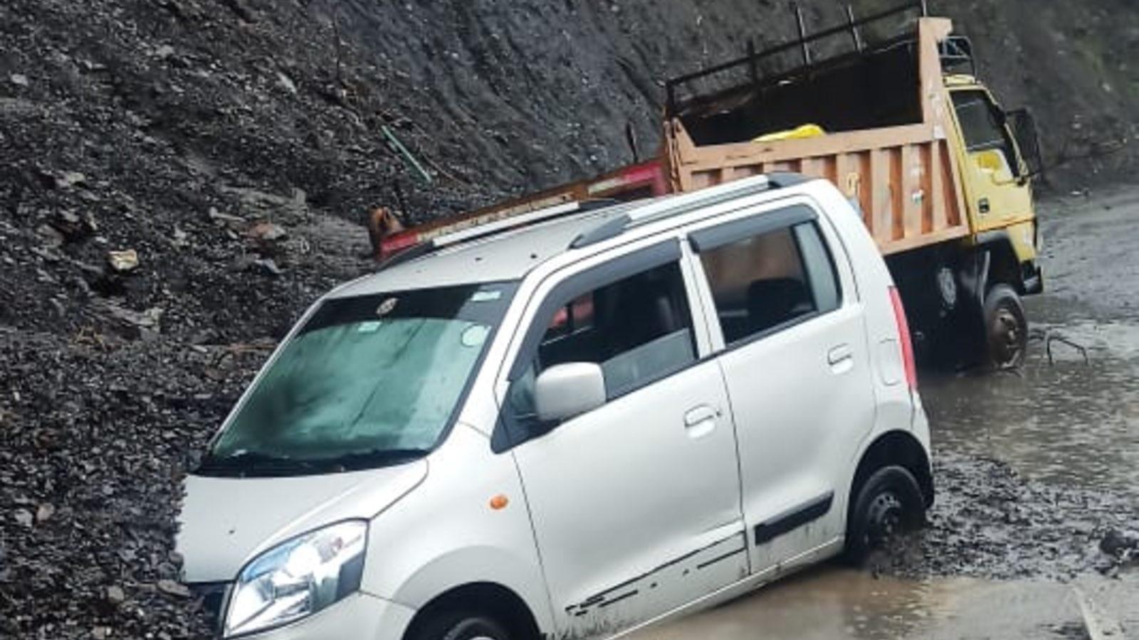 केदारनाथ में यात्रियों से खाने के लिए अधिक पैसे वसूलने वालों पर दर्ज करें केसः समपाल महाराज