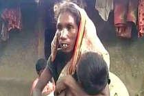 झारखंड में भूख से मरी बच्ची की मां को गांव से बाहर निकाला