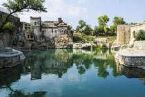 पाकिस्तान में सूख रहा है हिन्दुओं के प्रसिद्ध मंदिर का पवित्र तालाब
