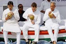 गुजरात: कांग्रेस ने पांच प्रत्याशी बदले, पटेलों में नाराजगी बरकरार
