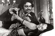 बॉलीवुड के 5 विलेन, जिन्होंने फिल्मों में सबसे ज्यादा किए बलात्कार के सीन..!