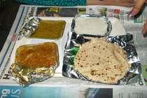 बिल नहीं तो मुफ्त में खाना खाएं, भारतीय रेलवे ने शुरू की नई पॉलिसी