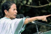 ममता ने PM मोदी पर साधा निशाना, कहा- जो पंडाल नहीं बना सकते, वह क्या देश बनाएंगे