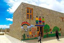 3 इडियट्स वाली 'रैंचो दीवार गिराएगा लेह का स्कूल, पर्यटकों के प्रवेश पर लगेगी रोक