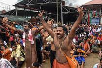 सबरीमाला में महिलाएं नहीं कर सकीं प्रवेश, एक महीने के लिए कपाट बंद