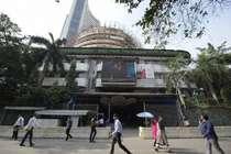 शेयर बाजार में आएगी जोरदार तेजी, SBI ने बंद की ये सर्विस- जानें कारोबार जगत की तमाम बड़ी खबरें