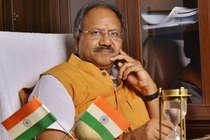इस दिग्गज BJP नेता के खिलाफ खड़े हैं 23 मुस्लिम उम्मीदवार
