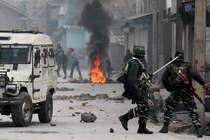 J&K: हिज्बुल कमांडर ज़हूर ठोकर सहित 3 आतंकी ढेर, सेना से झड़प में 7 लोगों की मौत