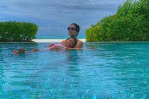 बेटी आराध्या के साथ स्विमिंग पूल में उतरीं ऐश्वर्या, PHOTO VIRAL