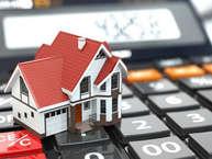 नौकरी या बिजनेस शुरू करने के बाद ज्यादातर के सपने होते है खूब पैसा कमाना और एक घर बनाना. इस सपने को पूरा करने के लिए आदमी दिन-रात मेहनत करता है, लेकिन तब मुश्किलें बेहद बढ़ जाती हैं, जब प्रॉपर्टी खरीदने की बिल्कुल कोई जानकारी नहीं होती है. इसीलिए हम आपकी मुश्किलों को आसान करने के लिए कुछ टिप्स लेकर आए हैं.