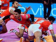 हरियाणा स्टीलर्स ने प्रो कबड्डी लीग में गुरुवार को रांची में हुए रोमांचक मुकाबले में जयपुर पिंक पैंथर्स टीम को 30-26 से हराया.